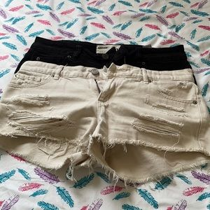 Two garage short pants